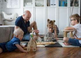 Co robić z dziećmi w domu żeby nie zwariować?