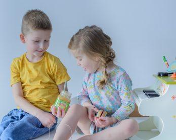10 sposobów na to, jak skutecznie zepsuć dzieciom poranek. I sobie cały dzień.