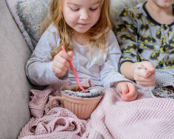 Lubię patrzeć, kiedy dzieci jedzą, śmieją się, nie nudzą i trochę się ubrudzą!